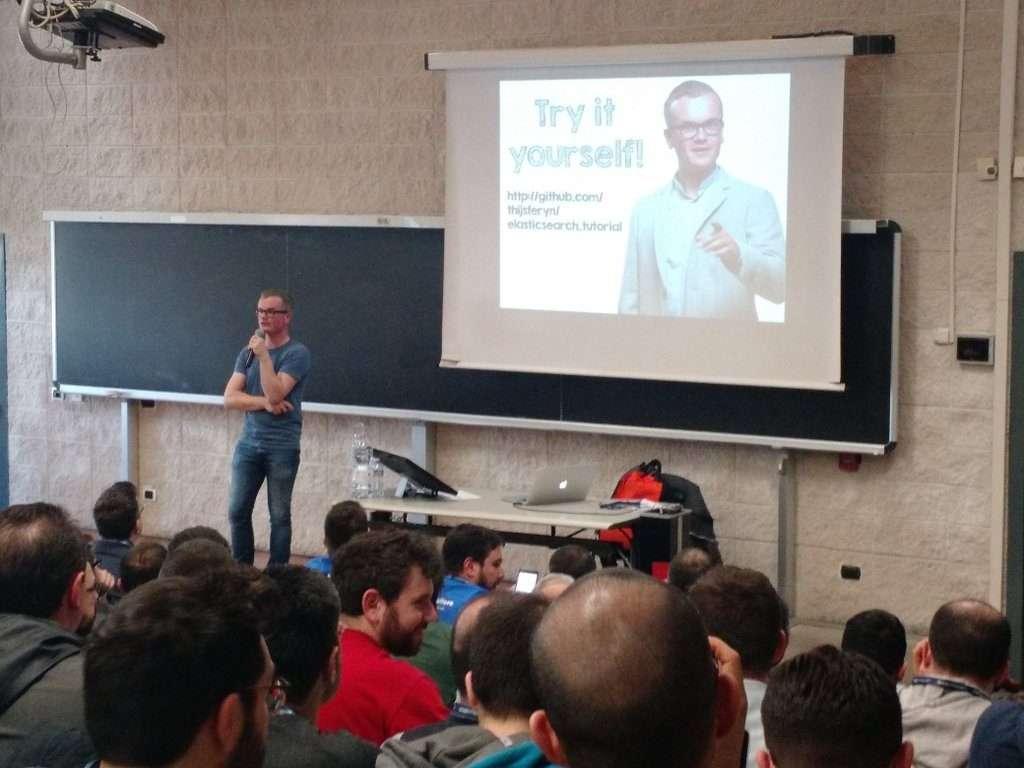 Thijs Feryn - ElasticSearch In Action - Codemotion Rome 2016